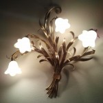 APPLIQUE CON LAMPADE A RISPARMIO ENERGETICO